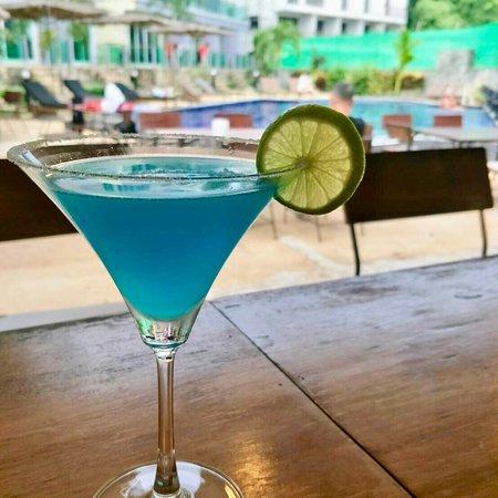 The Hidden Gem Bar & Restaurant (Pandora Resort)