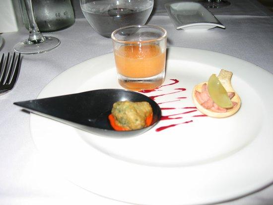 H10 Timanfaya Palace: taster not on menu different each night