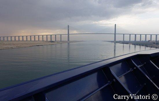 Die Sueskanal-Brücke, 2001.