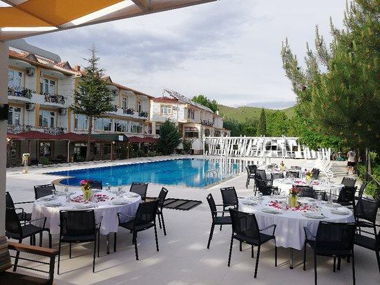 Elazig Mavi Gol Hotel: Mavigöl otel Havuzbaşı