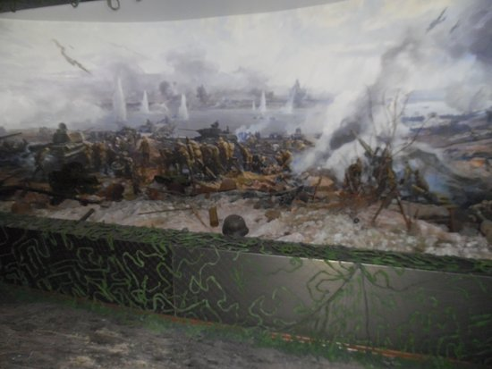 Battle of the Dnieper-diorama with 3D display and sound effects