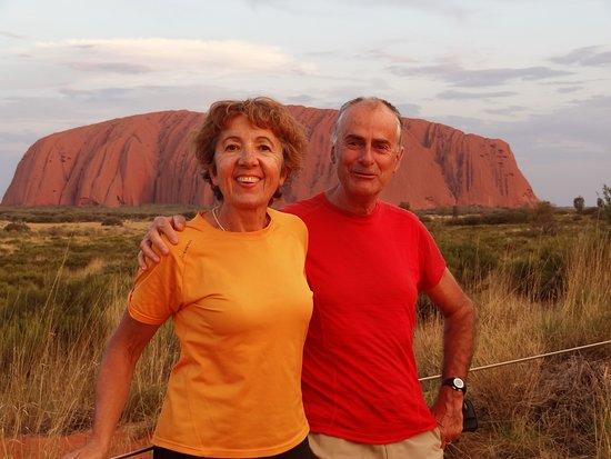 4-Day Ayers Rock to Ayers Rock Camping Tour including Kata Tjuta Uluru and Kings Canyon: DevantUluru