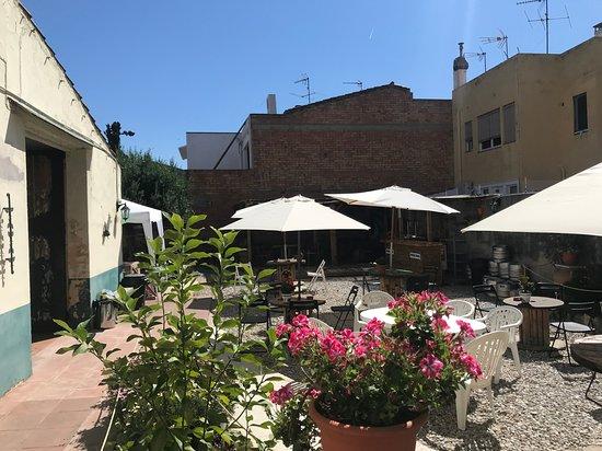 Mucha Masia Hostel Rural Urba: Patio