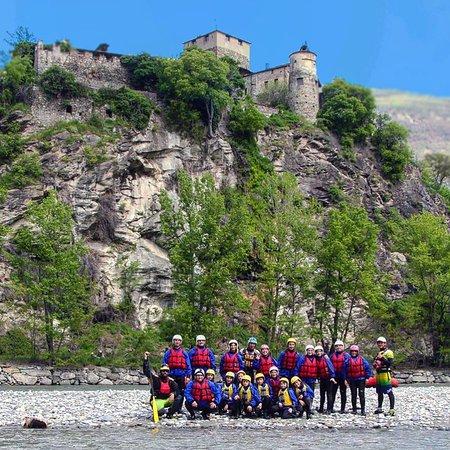 Rafting e cultura, esplora i castelli della valle