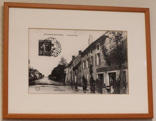 Champforgeuil, Franciaország: Vue du bourg