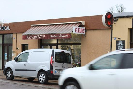 Champforgeuil, Франция: Vue du bourg