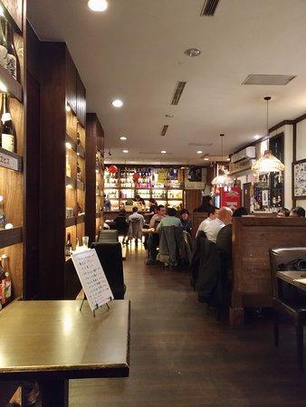 AZUMA Izakaiya: 總是高朋滿座的東居酒屋