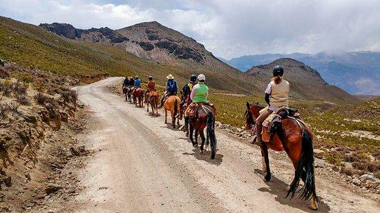 Cabalgata al Géiser de Pinchollo, una aventura única e inolvidable.