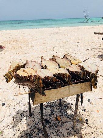 Cayo Jutias, Kuba: plaatselijke barbecue