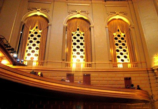 War Memorial Opera House: Decorative
