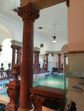 piscinas de varias temperaturas