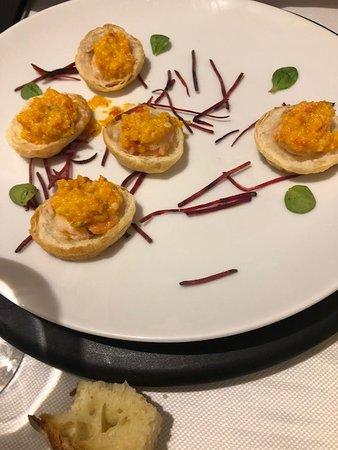 Shrimp on toast with gazpacho gratin