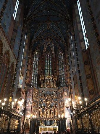 Церковь Успения Пресвятой Девы Марии (Мариацкий костёл): Překrásné