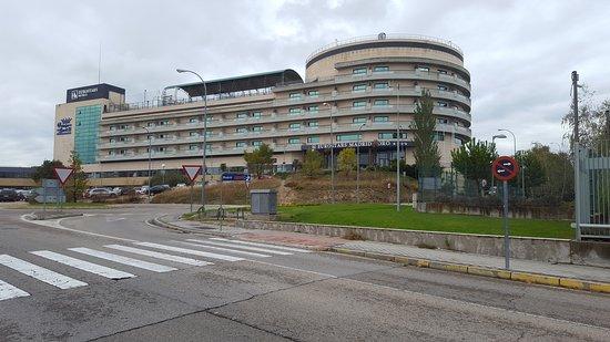 Hôtel vu de la gare Tres Canto