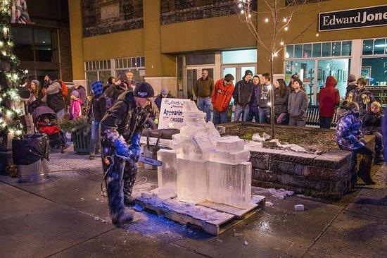 Laurel Highlands, เพนซิลเวเนีย: Feel the magic of the season at unique winter festivals.