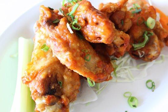 Waikoloa Restaurant and Bar: Bufallo Wings