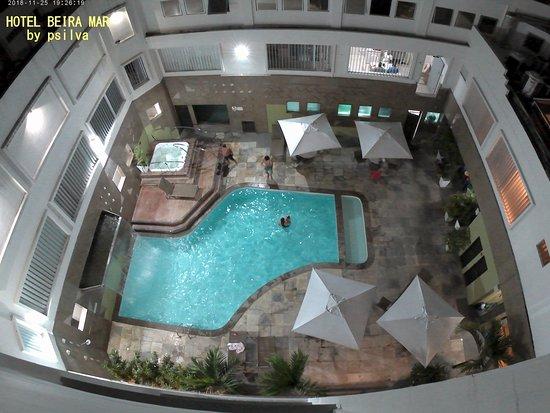 Hotel Beira Mar: piscina interna com hidro