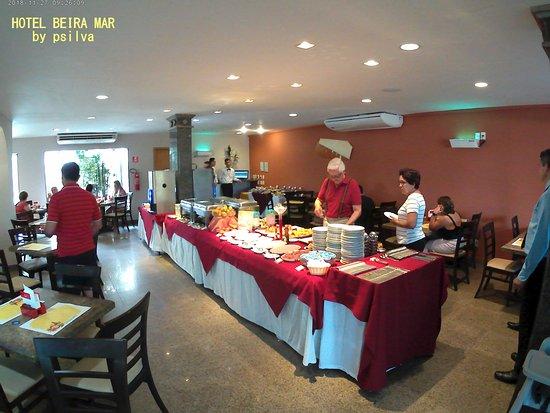 Hotel Beira Mar: restaurante para café, almoço e jantar