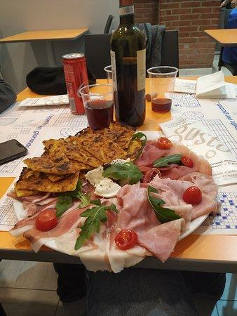 immagine Pizza d'asporto La Delizia In Torino