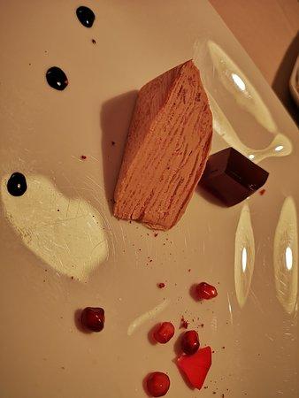 Il Cascinalenuovo: 1987 - Millefoglie di lingua di vitello e foie gras – gelatina al Porto