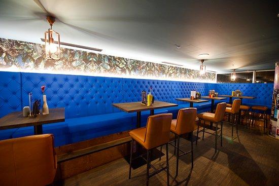 Je libo barového sezení?