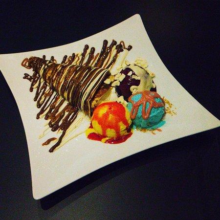 BARI - Gelato & Yogurt: Ice cream meets crepes.