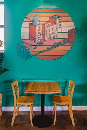 Nadodrze Cafe Resto Bar: Art