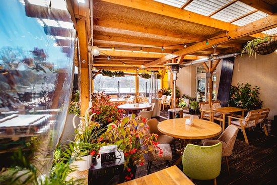Nadodrze Cafe Resto Bar: wintergarden