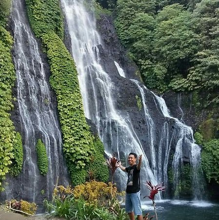 Banyumala Twin Waterfalls: This waterfall is still very natural and not so many people know this waterfall yet, the water is very clean and really fresh.
