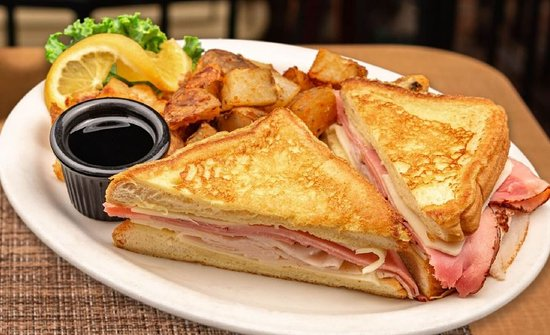 The Country View Restaurant: Monte Cristo Sandwich