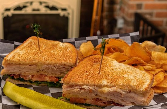 The Country View Restaurant: Turkey Club Sandwich