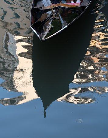 Venice Private Photo Tour and Photo Walk: Capturing the shadows of the gondola, Paolo Brandolisio, St. Mark's square