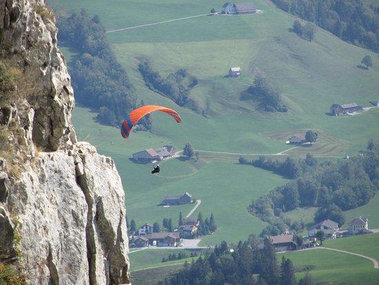 Wasserauen, Suíça: Cliffs near the caves