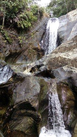 Caminata por el corregimiento de Pance a las cascadas Chorro de Plata y cerro el Trueno.