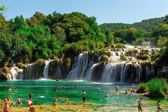Krka-watervallen en Sibenik ...