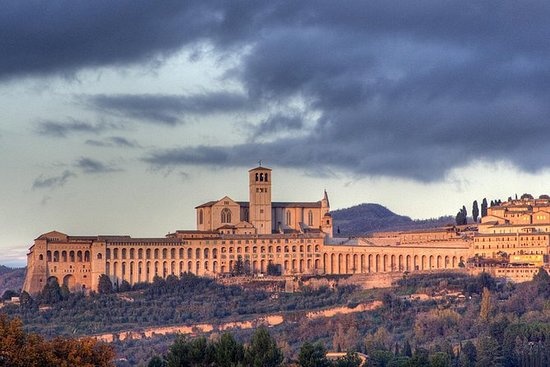 Religious Tuscany and Umbria Fullday...