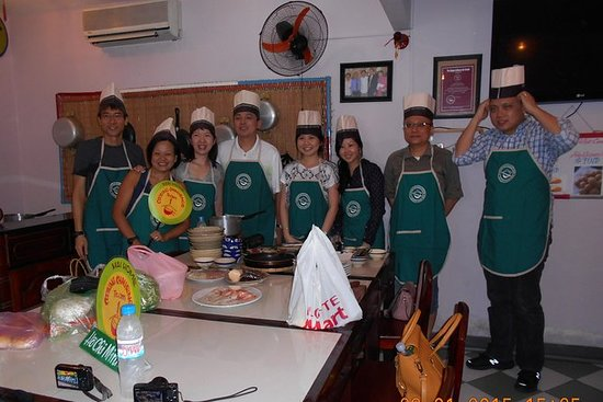 RTV19: Cooking Class and Ho Chi Minh City tour full day