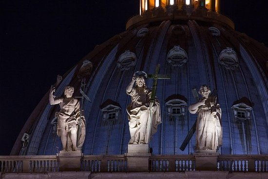 Tour privato del Vaticano al Night