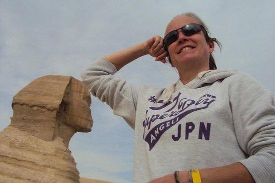 Cairo Day Tour til pyramiderne og...