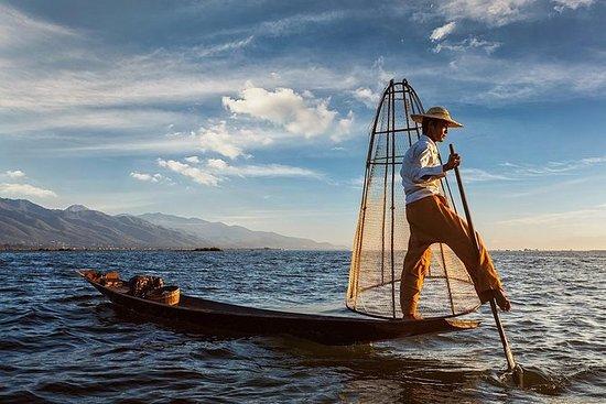 Inle Lake & Indein viagem de barco de...