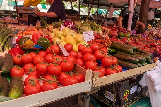Zadar - Private Market Tour & Cooking...