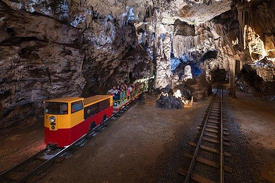 Piran的Postojna洞穴和Predjama城堡