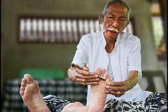 Den magiska av balinesisk sjukvårdare