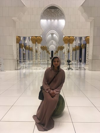 Sheikh Zayed Grand Mosque Center: Taken inside the mosque