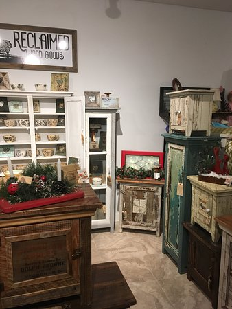 Old Crow Emporium (formerly Olde Koots Vintage)