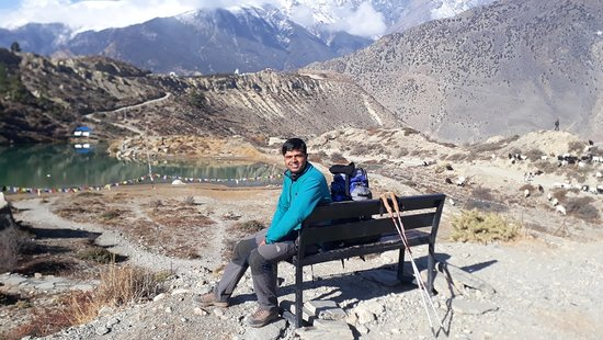 Professional Freelancer Trekking Guide