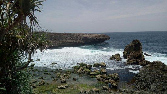 Watu Lepek Beach