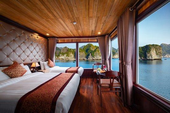 Tuan Chau Island, Vietnam: Triple cabin