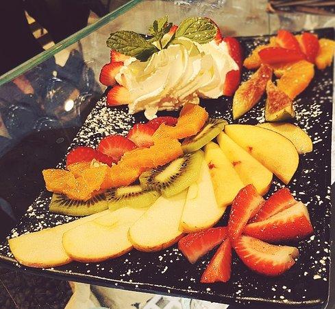 We love Puro: tagliata di frutta