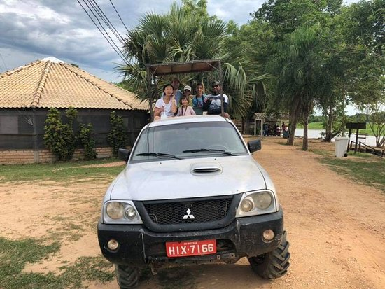 Pantaneiros Tours: Pantaneirostours agency, Carlos guide with 20 years of experience as a local guide in the Pantanal the experience makes the difference.